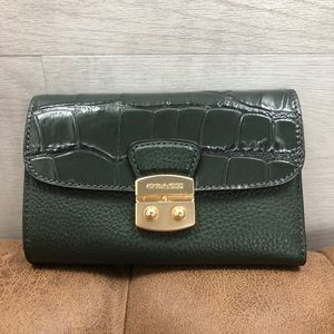 COACH Medium Envelope Wallet Green